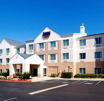 Photo 2 - Fairfield Inn and Suites Austin South