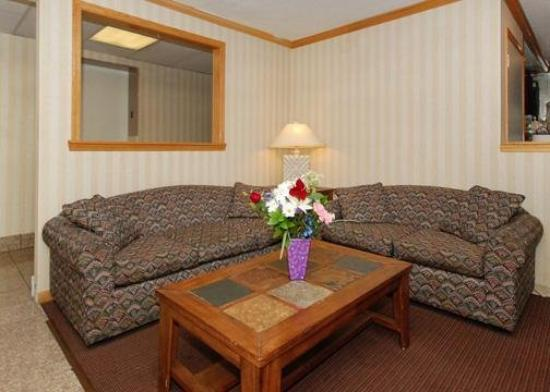 Photo 2 - Quality Inn Harrisburg (Pennsylvania)