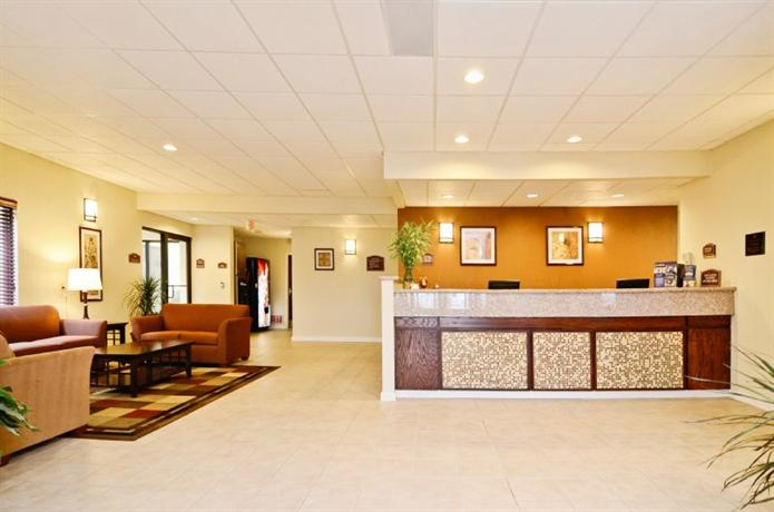 Photo 1 - Best Western Plus Springfield Airport Inn