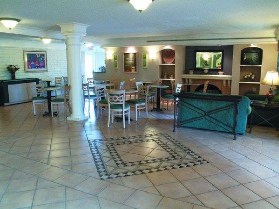 Photo 1 - Motel 6 Jacksonville FL