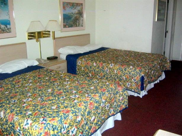 Photo 1 - Baymeadows Inn & Suites Jacksonville (Florida)