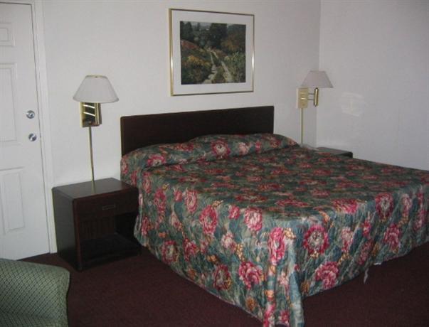 Photo 2 - Baymeadows Inn & Suites Jacksonville (Florida)