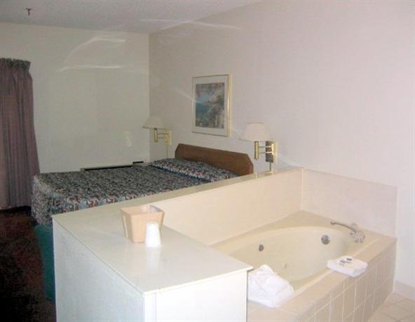 Photo 3 - Baymeadows Inn & Suites Jacksonville (Florida)