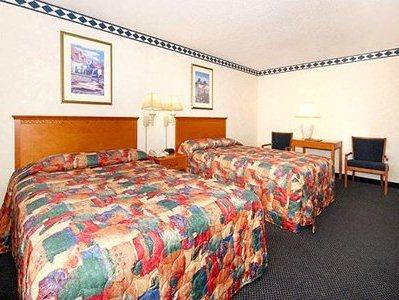 Photo 2 - Quality Inn & Suites - Madison