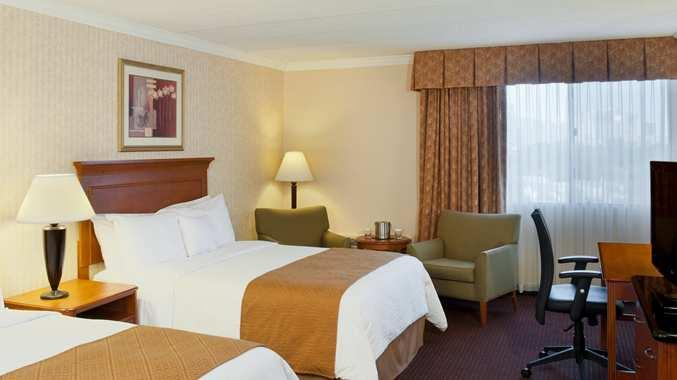 Photo 3 - DoubleTree Hotel Madison
