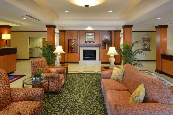 Photo 2 - Fairfield Inn & Suites Northwest Richmond