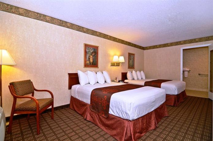 Photo 1 - BEST WESTERN Cooper Inn & Suites
