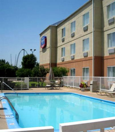 Photo 1 - Fairfield Inn Arlington
