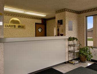 Photo 1 - Days Inn Charleston (Illinois)