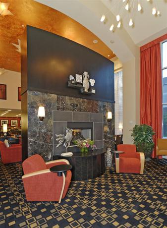 Photo 2 - Hampton Inn & Suites Herndon-Reston