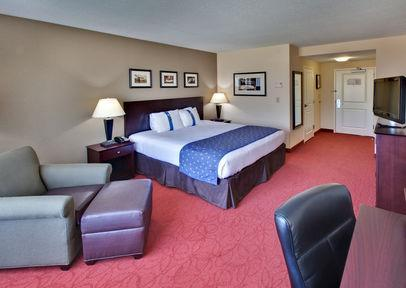 Photo 1 - Holiday Inn Hotel & Suites West Des Moines-Jordan Creek