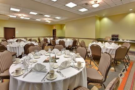 Photo 1 - Holiday Inn Hotel & Suites Bakersfield North