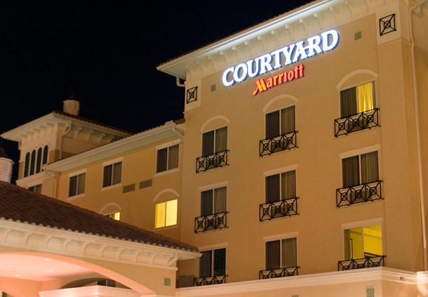Photo 2 - Courtyard by Marriott Fort Myers - Gulf Coast Town Center
