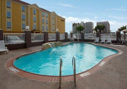 Photo 3 - Comfort Suites North Padre Island