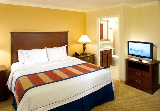 Photo 3 - TownePlace Suites San Antonio Airport