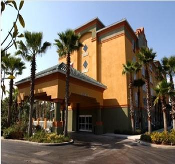 Photo 1 - Galleria Palms Hotel