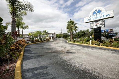 Photo 1 - America's Best Value Inn Clearwater Florida