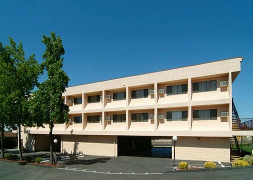 Photo 1 - Quality Inn Natomas