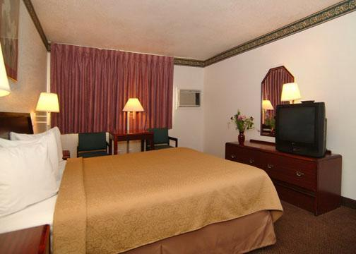 Photo 3 - Quality Inn Natomas