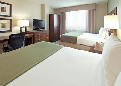 Photo 3 - Holiday Inn Express Hotel & Suites Downtown Fort Worth