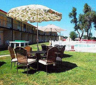 Photo 2 - Econo Lodge Oakley (Kansas)
