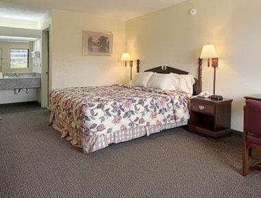 Photo 3 - Days Inn Philadelphia (Mississippi)