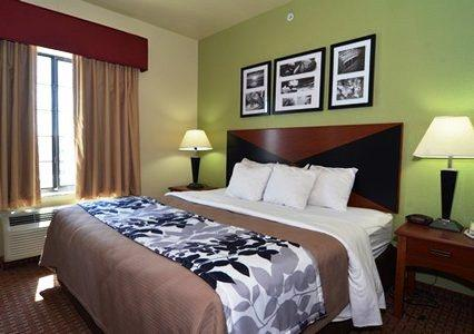 Photo 3 - Sleep Inn & Suites near Seaworld