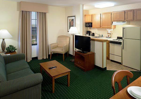 Photo 3 - TownePlace Suites Dallas Las Colinas