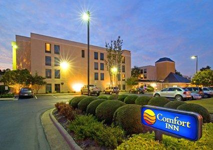 Photo 2 - Comfort Inn Cross Creek Fayetteville (North Carolina)