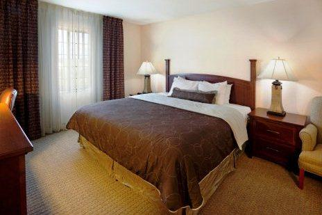 Photo 2 - Staybridge Suites San Antonio NW near Six Flags Fiesta Texas