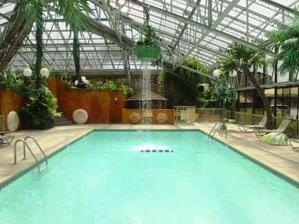 Photo 1 - Wildwood Inn Tropical Dome and Spas