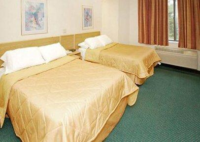 Photo 2 - Sleep Inn Newark (Delaware)
