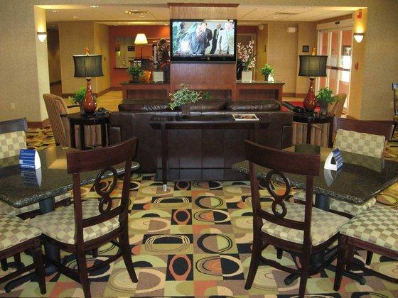 Photo 1 - Hampton Inn Davenport