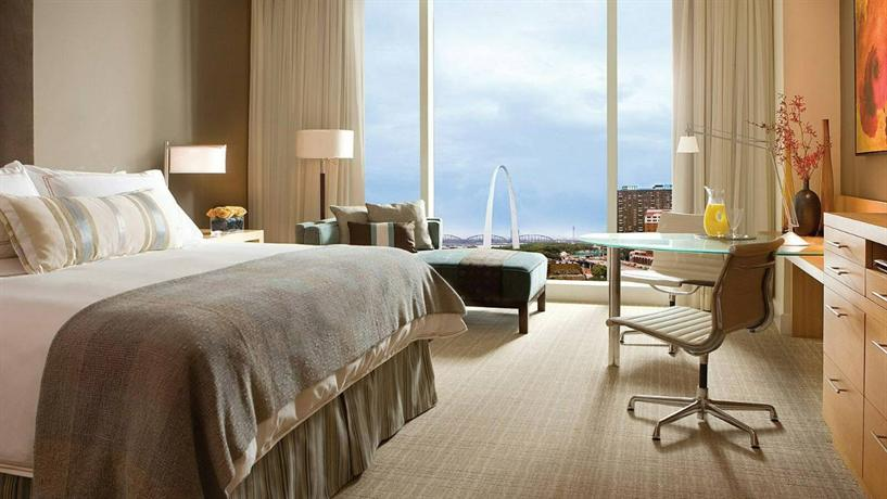 Photo 3 - Four Seasons Hotel St. Louis