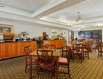 Photo 2 - Days Inn Salem (Virginia)