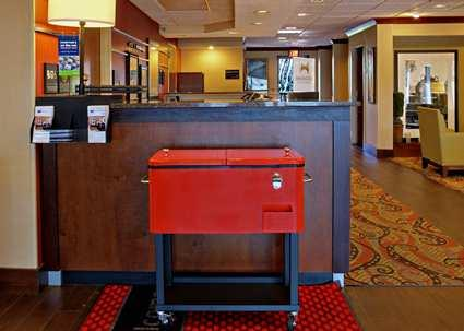 Photo 2 - Hampton Inn Chattanooga-Airport I-75