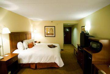 Photo 2 - Hampton Inn Capital Boulevard North Raleigh