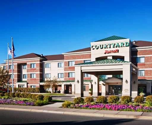 Photo 1 - Courtyard by Marriott Minneapolis St. Paul/Roseville