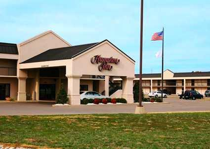 Photo 1 - Hampton Inn Paris/Ky Lake Area