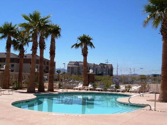 Photo 2 - Holiday Inn Express Las Vegas South
