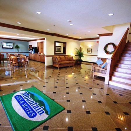 Photo 3 - Mountain Inn & Suites Airport
