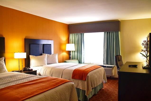 Photo 2 - Blue Cypress Hotel