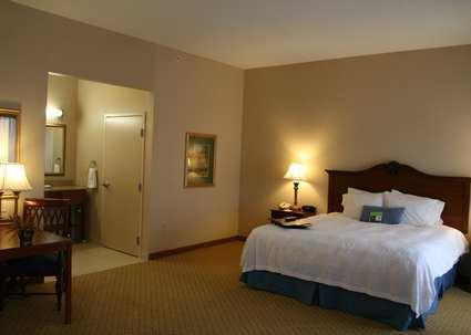 Photo 3 - Pittsburg Hampton Inn and Suites