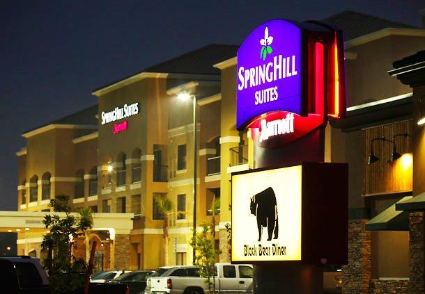 Photo 1 - Springhill Suites Madera