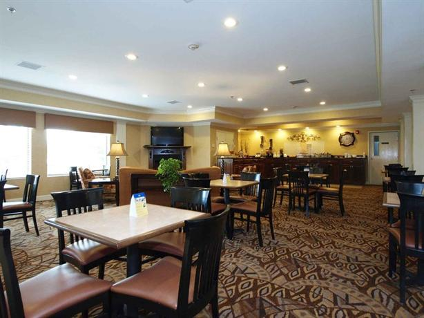 Photo 3 - Best Western Plus Valdosta Hotel and Suites