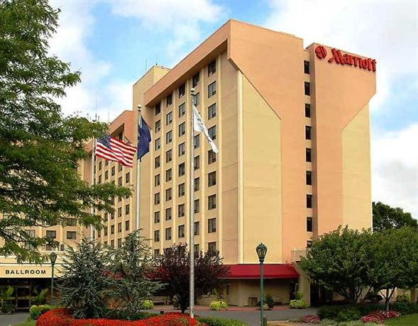 Photo 1 - New York LaGuardia Airport Marriott