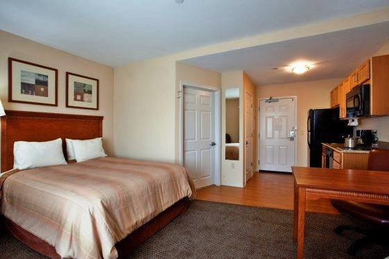 Photo 3 - Candlewood Suites Norfolk Airport