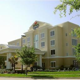 Photo 2 - Holiday Inn Express & Suites Dearborn West
