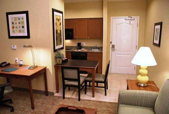 Photo 3 - Homewood Suites Phoenix Airport South