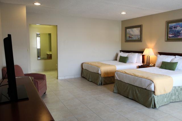 Photo 3 - Bedtime Inn